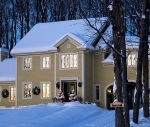 Should You Take Your Home Off the Market in the Winter?